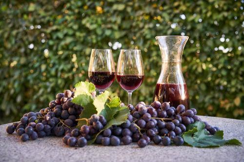 カラフェを活用して、ワインのある生活を彩る