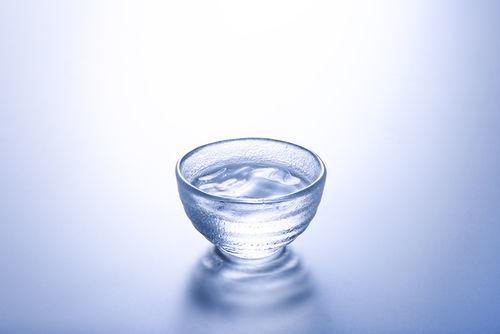 冷蔵庫で保存するのがよい日本酒、常温保存がよい日本酒