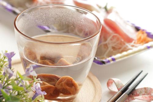 古くから愛されてきた日本酒と梅干しの組み合わせ