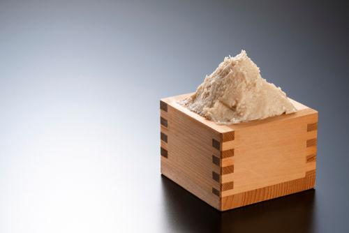 日本酒の酒粕を使ったデザートが大人気