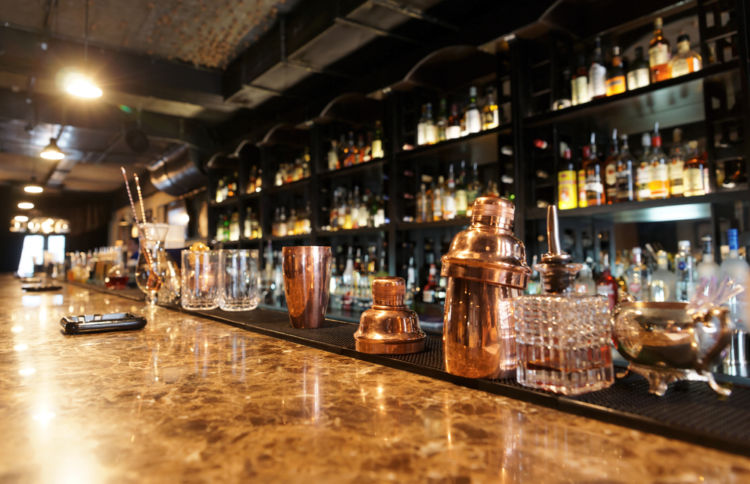 バーで粋にウイスキーをたのしむために!