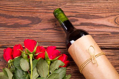 ワインと花のギフトが喜ばれる理由