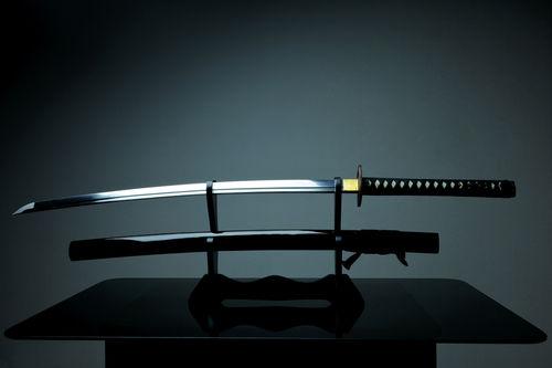 「日本刀」は海外仕様の日本酒