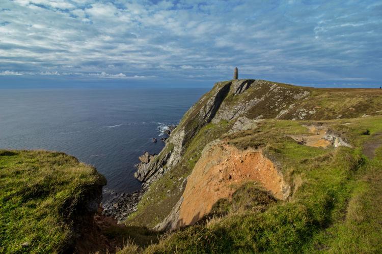 """「アイラ島」が""""スコッチの聖地""""と呼ばれる理由は?【ウイスキー用語集】《シニアソムリエ監修》"""