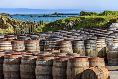 アイラ島は個性あふれるスコッチウイスキーの宝庫