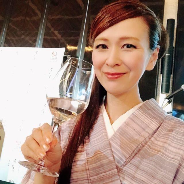 「あさぎ」の麹米は兵庫県産の山田錦、酛実は新潟県産の「こしいぶき」、添実と仲実は南魚沼産の五百万石、留実は長野県の産美山錦を使用。超軟水がベースなので、飲み口が淡麗ですっきり飲みやすいのが特徴です。そして上品な香りがとてもいい。ワイングラスで香りを楽しみつつ、乾杯〜♪ 品川プリンスホテル吉田巧総料理長特製のお料理とのマリアージュも体感しました