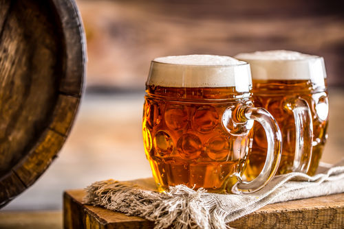 ソーセージとも相性がよい、ドイツの代表的なビール