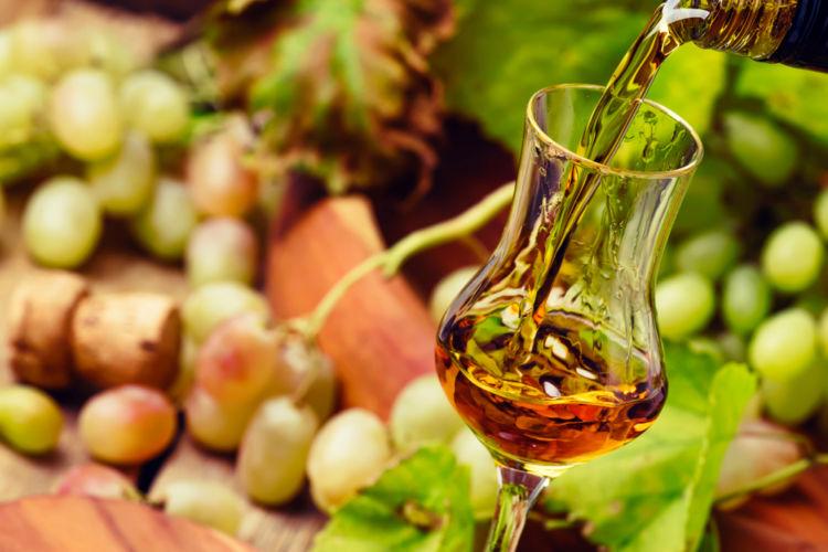 「グラッパ」とはどんなお酒? グラッパの魅力や飲み方を紹介!