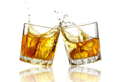 「グレーンウイスキー」の役割とは?