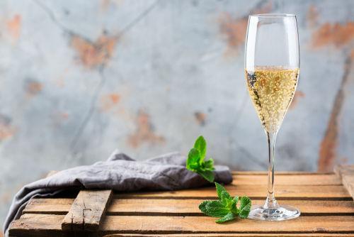 スパークリングワインの作り方と工程