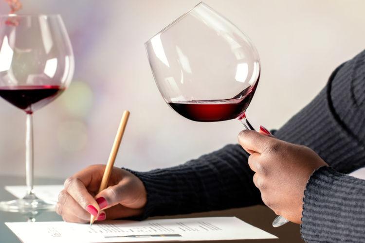 ワインエキスパートの資格でワインを極める!