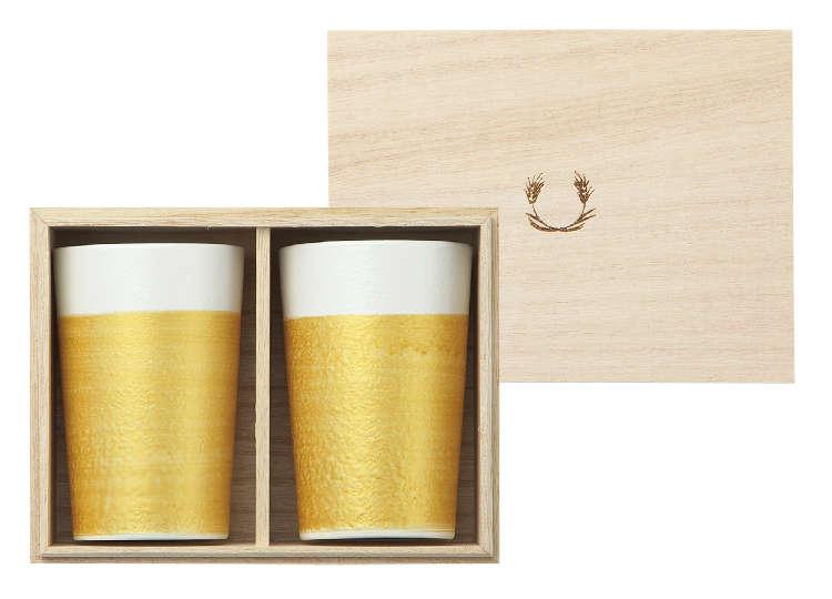 上絵付けによって再現された「ビールと泡の黄金比」