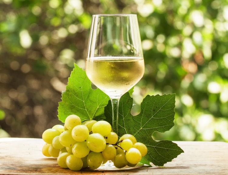 シャルドネは白ワインの女王! 人気銘柄はどれ?