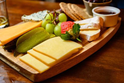 ウイスキーのおつまみとしてのチーズの魅力