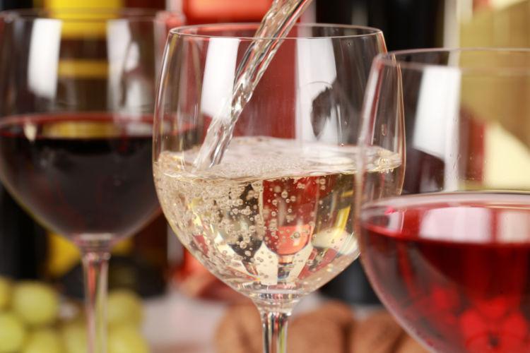 ワインの味わいはどう表現する? ポイントと表現方法を知ろう