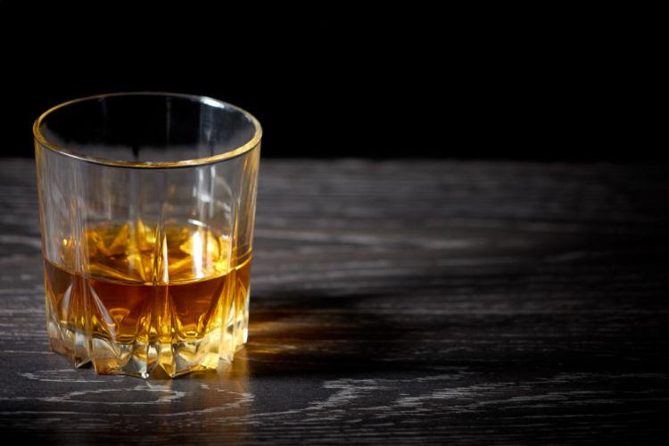 飲み 方 ウィスキー ウイスキー初心者でも!「カティサーク」のおすすめポイントと飲み方