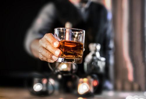 ストレートウイスキーの飲み方、たのしみ方