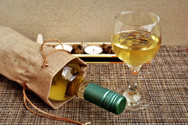 ワインバッグで持ち運びをおしゃれ&快適に!