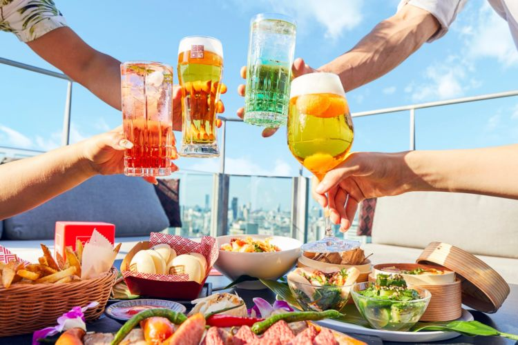 渋谷の絶景と音楽が共存するルーフトップテラスに、ビアガーデンがオープン!