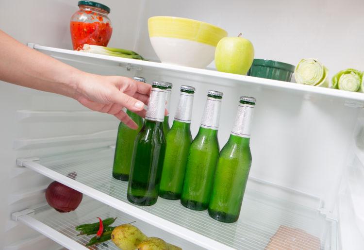 ビールを冷蔵庫に入れる前に! 正しい保存方法を知っておきましょう