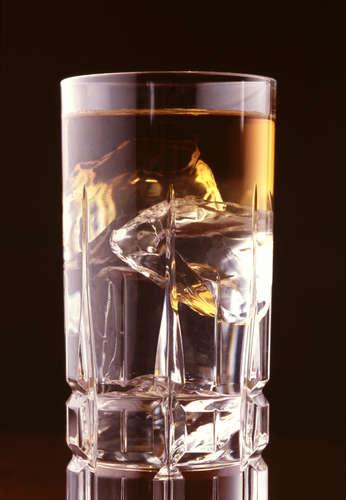 ウイスキーの美しさが際立つウイスキーフロート