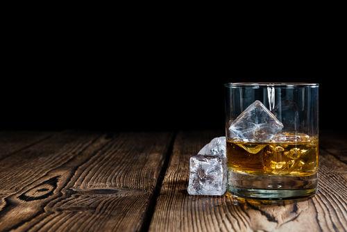 ウイスキーの「シングル」と「ダブル」ってどんな意味?