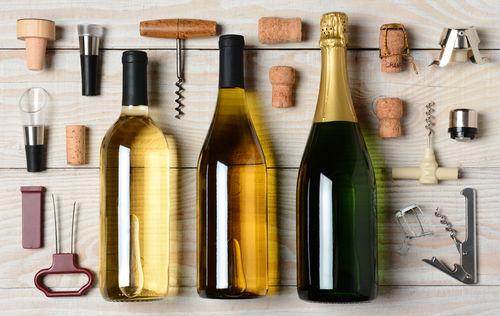 ただ蓋をするより効果大! ワインの酸化を防ぐ便利アイテム