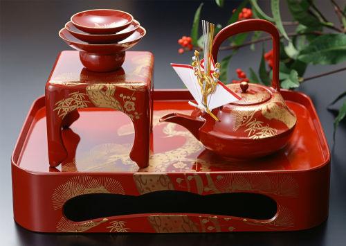 正月に飲む日本のお酒「お屠蘇(とそ)」とはどんなお酒?