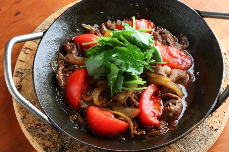 トマトの酸味でさっぱり食べやすい 「牛トマトすき煮」