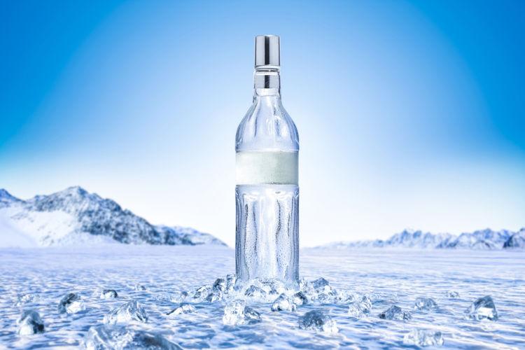 ウォッカとはどんなお酒? 原料や製法、ルーツや産地、おいしい飲み方をチェック