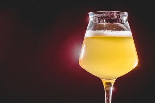 酸味が特徴の「自然発酵ビール」
