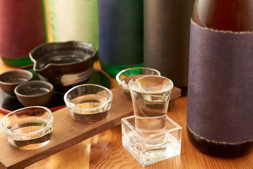 日本酒バルのたのしみ方