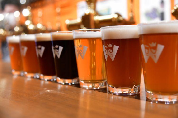 Made in Tokyoのクラフトビールを飲み、Myジンを創る@東京/brew lounge市ヶ谷