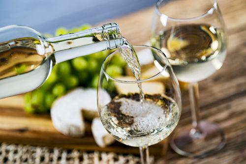 ワインを注ぐ量には適量がある