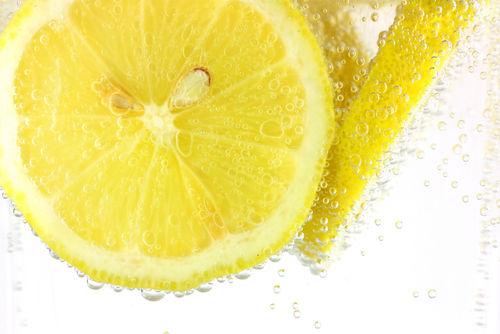 レモネードサワーは、レモンサワーやレモンハイと違う?