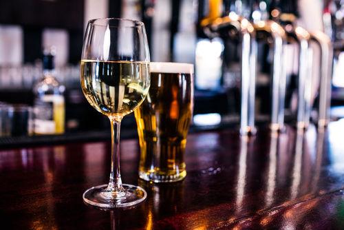 ワイングラスで優雅にたのしみたい、香り高いビール