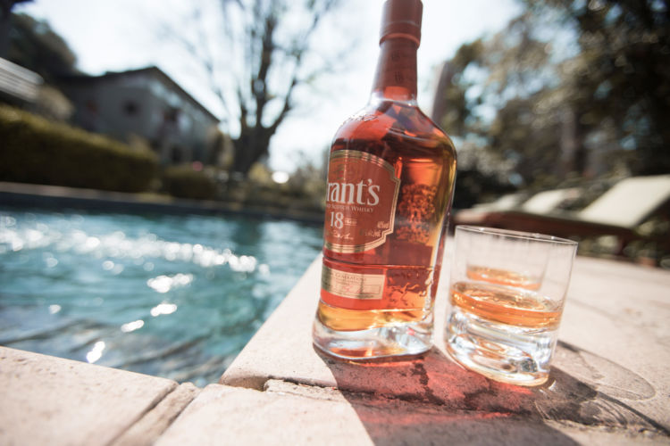「グランツ」はスコッチウイスキー売上ランキング上位の常連! その魅力とは?