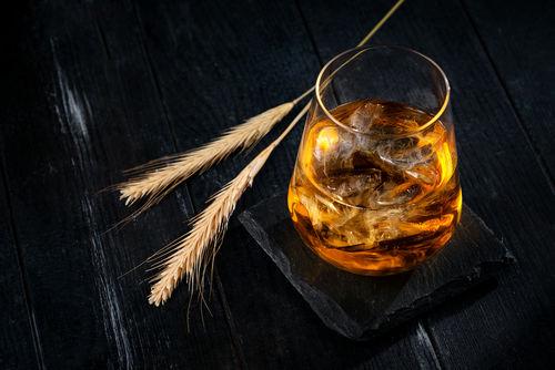 お茶割りにはどんなウイスキーやお茶を選べばよいの?