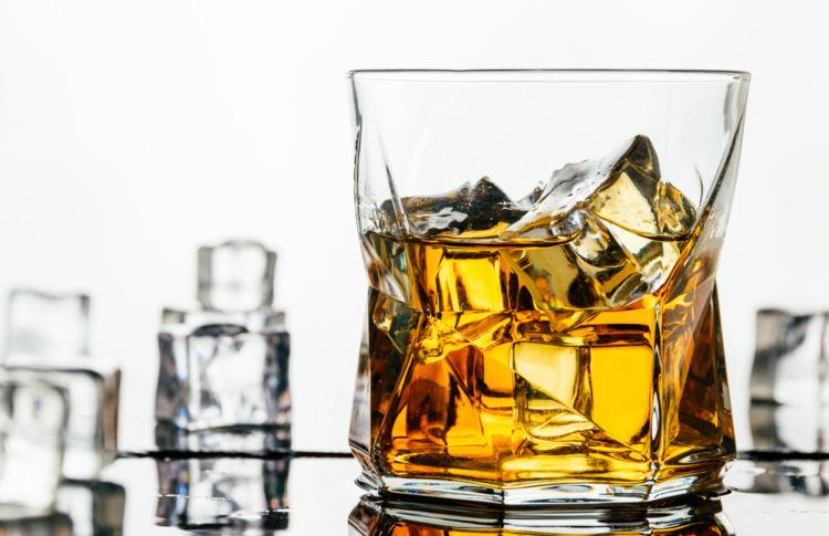 ふるさと納税の返礼品には人気のジャパニーズウイスキーがずらり!