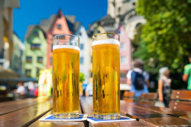 「ケルシュ」というビールを知っていますか? ユニークな飲み方やおすすめの銘柄も紹介
