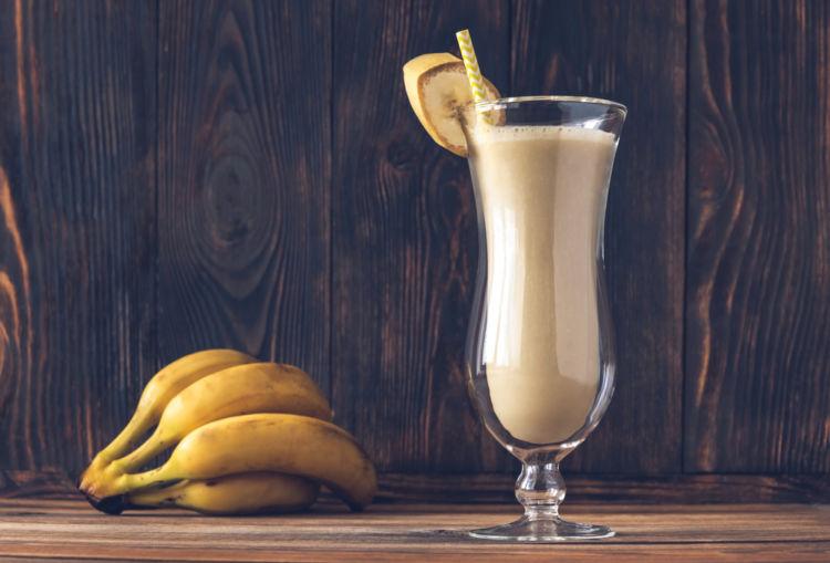 バナナリキュールを使ったカクテルの作り方