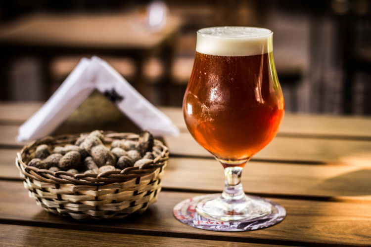 「バーレーワイン」はワインじゃなくてビール!? おいしい飲み方やおすすめの銘柄も紹介