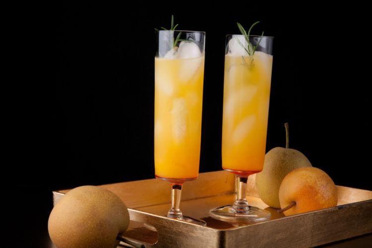 梨カクテルの魅力は瑞々しい味わい! 梨リキュールで作る魅惑のカクテル
