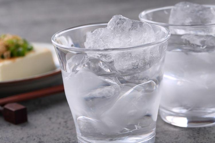 水割り焼酎の魅力と、水割りに合う焼酎選びのポイント