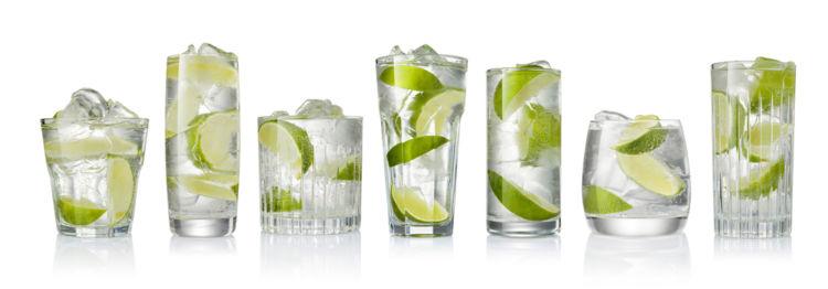クラフトジンを飲むのにおすすめのグラスと、クラフトジンのたのしみ方