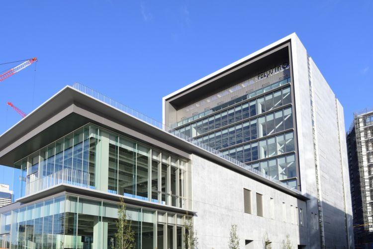 フェリシモ新社屋1階に、都市型小規模ワイナリー「fwinery[エフワイナリー]」が完成