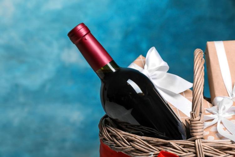 ワインギフトはお祝いにぴったり! 選ぶときのポイントとは?