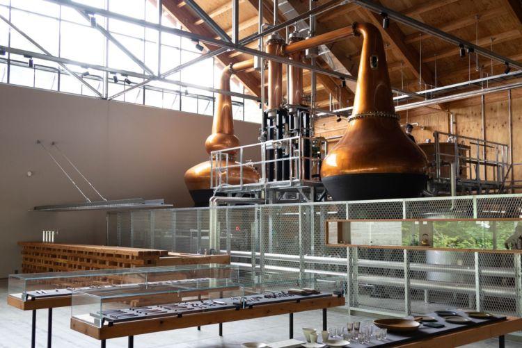 「ニセコ蒸溜所」が北海道虻田郡ニセコ町にグランドオープン!第一弾商品のクラフトジンも発売開始