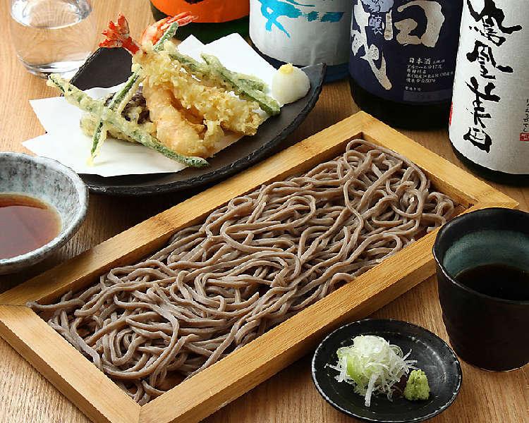 30種類以上の日本酒とこだわりの日本蕎麦をたのしむ