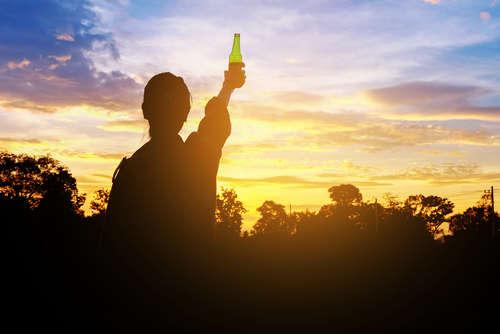 場所や時間、季節にあわせて飲み比べよう